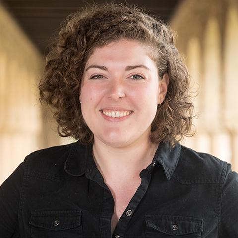 Katie Palmer ('19)