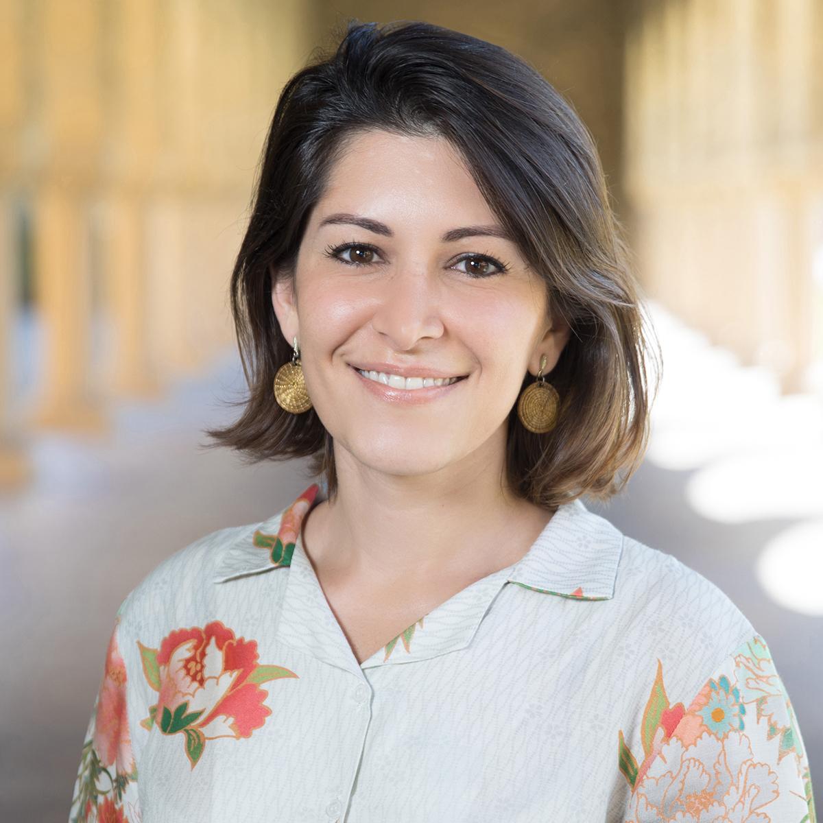 Natália Mazotte ('20)