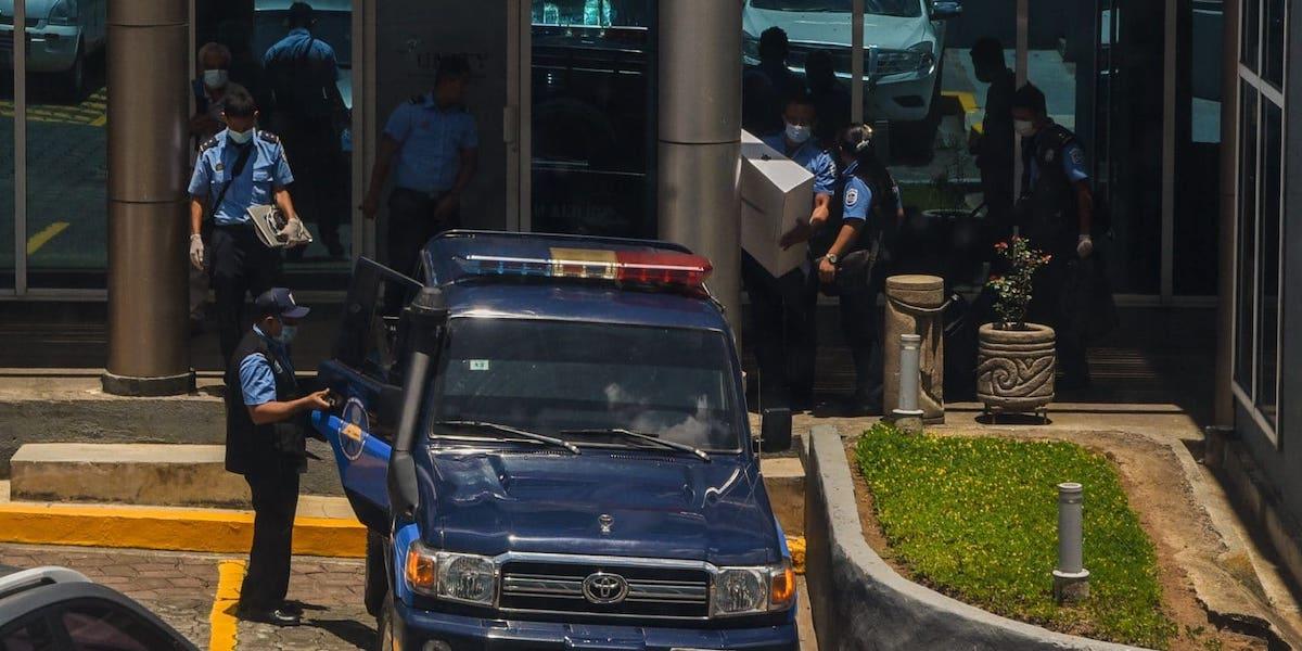Police raid of Confidencial offices